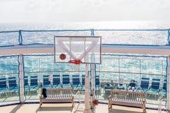 海上的篮球比赛 免版税库存照片