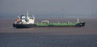 海上的货物船特里 免版税库存照片