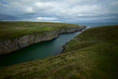海上苏格兰的德内斯峭壁 免版税库存照片