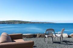 海与蓝天的视图大阳台 库存照片