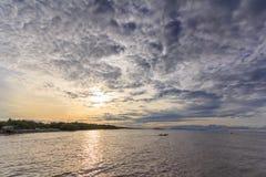 海云彩和日出 图库摄影