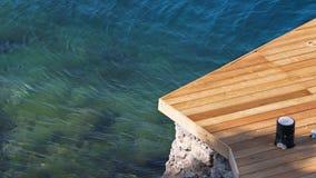 海停泊处由木头制成 免版税库存图片