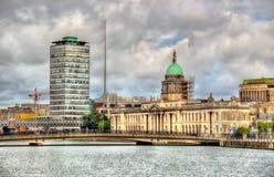 海关,一个历史建筑在都伯林 免版税库存照片