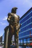 海军上将都伯林港区的威廉布朗的雕象 库存照片