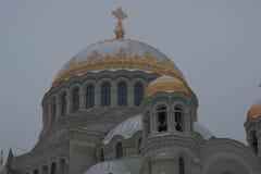 海军大教堂的kronstadt 免版税库存照片