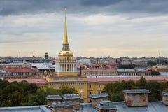 海军部在圣彼德堡,俄罗斯 库存图片
