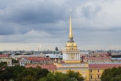 海军部在圣彼德堡,俄罗斯 库存照片