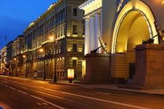 海军部堤防,彼得斯堡 免版税图库摄影