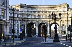 海军部曲拱伦敦威斯敏斯特 库存图片