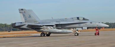 海军F-18大黄蜂喷气式歼击机 图库摄影