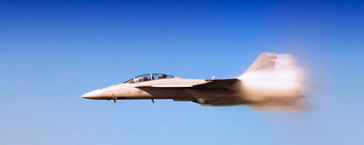 海军F-18超级大黄蜂 免版税库存图片