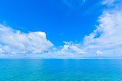 海和天空在热带海岛 图库摄影
