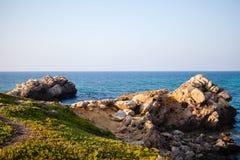 海和岩石在突尼斯 免版税库存照片