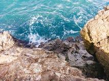 黑海和岩石,克里米亚 库存图片