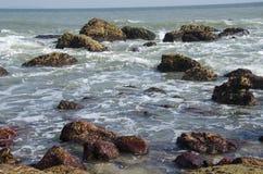 海和岩石 库存照片