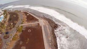 海和海滩的惊人鸟瞰图特内里费岛 西班牙加那利群岛 股票录像