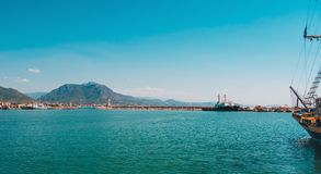 海在土耳其 土耳其海岸假日在土耳其 免版税库存图片