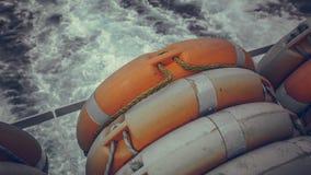 海在小船的Lifebuoy圆环 图库摄影