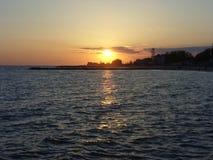 黑海在晚上 库存照片