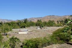 海地的家和农场在米尔巴莱,海地附近 免版税库存照片