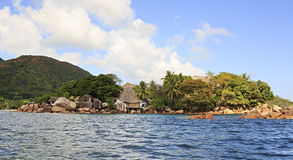 海岛和旅馆Chauve Souris在印地安人棍打 免版税库存照片