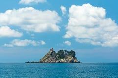 海岛在海运 图库摄影