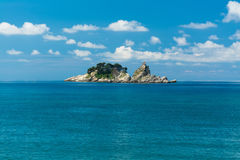 海岛在海 免版税库存照片