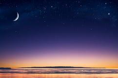 海岛月亮 免版税库存照片