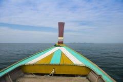 海岛标题小船 库存照片