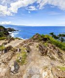 海岛毛伊峭壁与海洋的海岸线路。 夏威夷。 库存图片