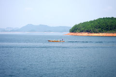 海岛湖一千 免版税库存照片