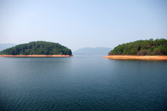 海岛湖一千 免版税库存图片