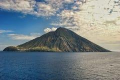 海岛火山意大利的stromboli 免版税库存照片