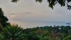 海岛的观点 免版税库存照片