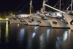 海岛的赫瓦尔岛港口 免版税库存照片