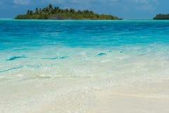海岛马尔代夫欢迎的海洋天堂 库存图片