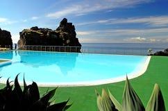 海岛马德拉岛池游泳 库存照片