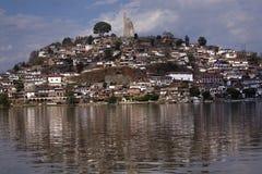 海岛janitzio湖墨西哥patzcuaro 免版税图库摄影