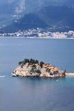 海岛montenegro手段stefan sveti 免版税库存照片