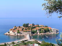 海岛montenegro stefan sveti 免版税图库摄影