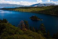 海岛Tahoe湖 库存照片