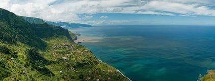 海岸北部的马德拉岛 免版税库存图片