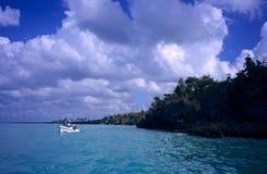 海岸多米尼加共和国的海岛盐水湖共&# 库存图片