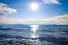 海岸展望期海景阳光 库存图片