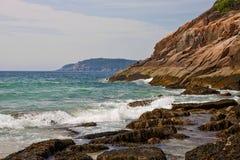 海岸岩石的缅因 库存照片