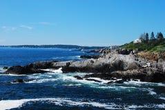 海岸岩石 免版税库存照片