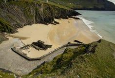 海岸幽谷爱尔兰半岛 免版税库存照片