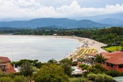 海岸撒丁岛圣Gemiliano海滩假期在意大利Sardegna 库存图片