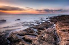 海岸的侵蚀在风景的 库存照片