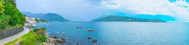 海岸的全景 免版税库存照片